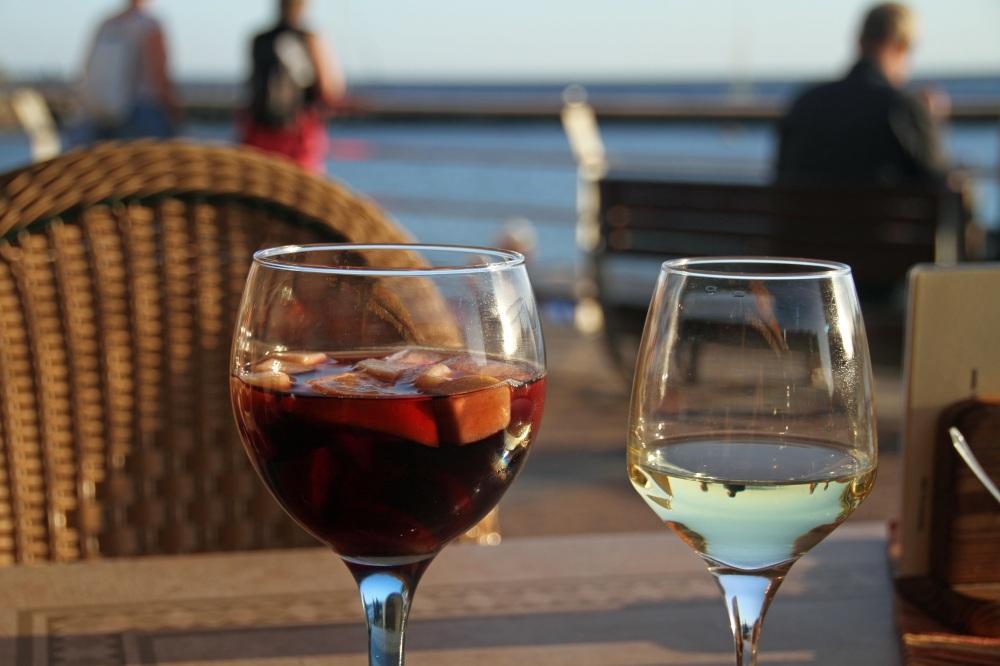 wine-1127884